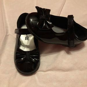 Girls black patent leather dress shoes